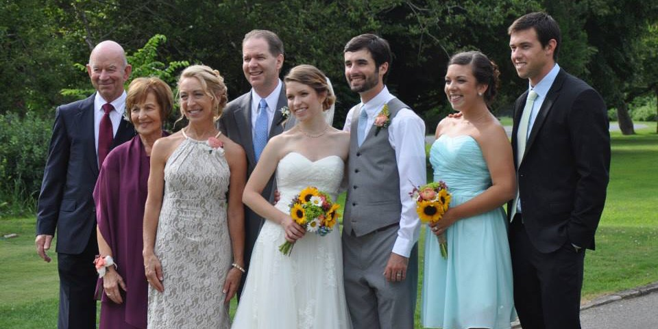 cropped-Brookes-Wedding-family-pic-from-Sharon.jpg